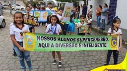 Desfile Cívico - Reconhecendo Valores e Sociais